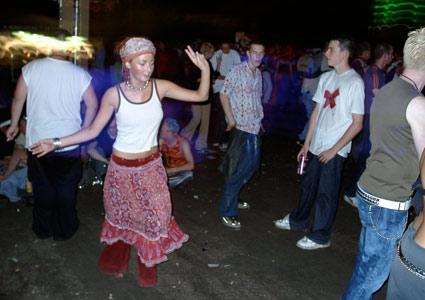 festival_lo2001