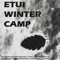 Etui Winter Camp